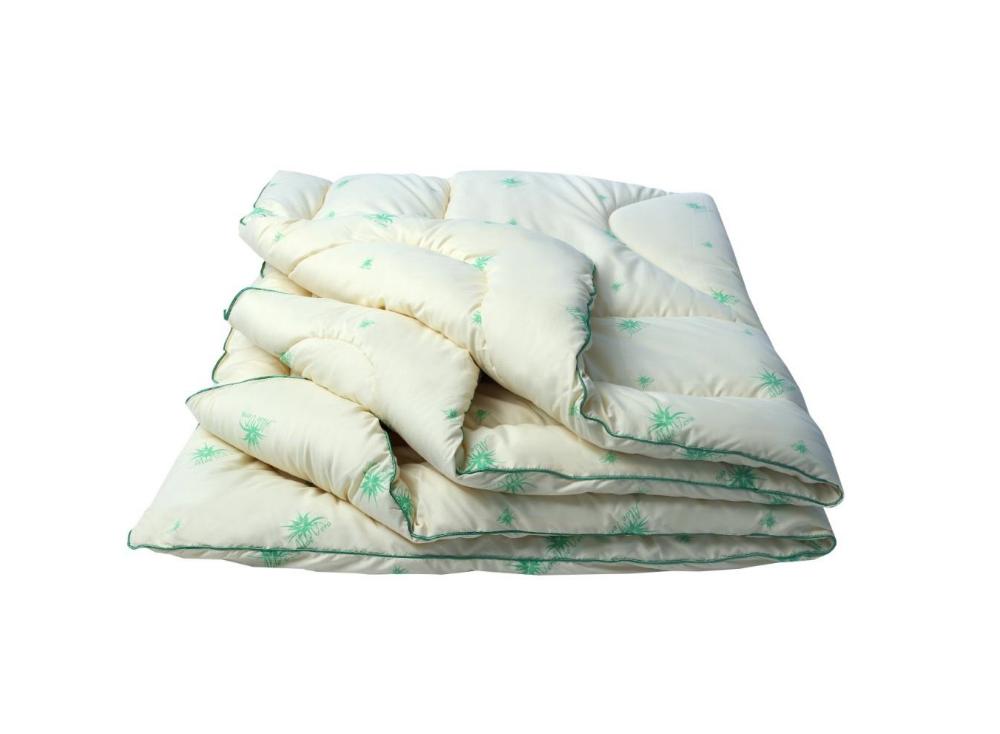 """Одеяло облегченное """"Луговые травы (микрофибра) Евро-1 (200*220)Прочие одеяла<br>Ткань: микрофибра<br>Наполнитель: саше из натуральных трав, пэ<br> Размер: Евро-1 (200*220)<br><br>Тип одеяла: Эконом<br>Принадлежность: Для дома<br>По назначению: Повседневные<br>Наполнитель: Холлофайбер<br>Основной материал: Микрофибра<br>Страна - производитель ткани: Россия, г. Иваново<br>Вид товара: Одеяла и подушки<br>Материал: Микрофибра<br>Сезон: Весна - осень<br>Плотность: 150 г/кв. м.<br>Толщина одеяла: Облегченное (от 100 до 200 гр/кв.м)<br>Длина: 48<br>Ширина: 38<br>Высота: 20<br>Размер RU: Евро-1 (200*220)"""
