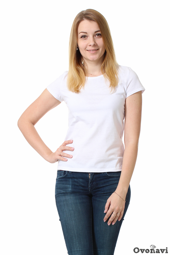 Футболка женская ИветФутболки<br>В женском гардеробе футболка занимает немаловажное место. Это удобная, подчас универсальная одежда, которая подходит практически для любой ситуации. Планируете добавить в свой шкаф подобную обновку? Тогда вам следует обратить внимание на женскую футболку Ивет.<br>Модель сшита и мягкой и тонкой кулирки. В основе этой ткани &amp;amp;mdash; лишь стопроцентно натуральный хлопок, а значит, никакого раздражения или аллергии вам не грозит. Вы можете смело надевать футболку даже в жаркую погоду &amp;amp;mdash; кулирка не парит и отлично впитывает излишки влаги, при этом быстро высыхая. Высокое качество материала и износостойкость гарантируют долгую сохранность изделия, даже при многочисленных стирках.<br>Фасон футболки классический: приталенный силуэт, короткие рукава и круглый вырез. При этом дизайн изделия максимально прост и лаконичен: базовая белая расцветка без излишних декоративных элементов. Это делает модель очень удобной для создания разных образов: джинсы и легкий жакет с туфлями на каблуке &amp;amp;mdash; полноценный деловой образ готов, синие джинсы и кеды &amp;amp;mdash; и вы уже готовы для прогулки по городу, а легкая юбка в стиле нью-лук и босоножки позволят создать нежный романтичный образ.<br>Женская футболка Ивет - незаменимая вещь в гардеробе активной женщины, которая ценит стиль и уникальность без ущерба собственному комфорту. Широкий размерный ряд позволит подобрать модель точно по фигуре, а невысокая цена приятно удивит. Размер: 54, Белый<br><br>Производство: Производится про запас<br>Принадлежность: Женская одежда<br>Основной материал: Кулирка<br>Страна - производитель ткани: Россия, г. Иваново<br>Вид товара: Одежда<br>Материал: Кулирка<br>Тип горловины: Круглый вырез<br>Обработка: Шов в подгибку с обметанным срезом<br>Тип рукава: Втачной<br>Тип застежки: Без застежки<br>Длина рукава: Короткий<br>Длина: 18<br>Ширина: 12<br>Высота: 7<br>Размер RU: 54, Белый