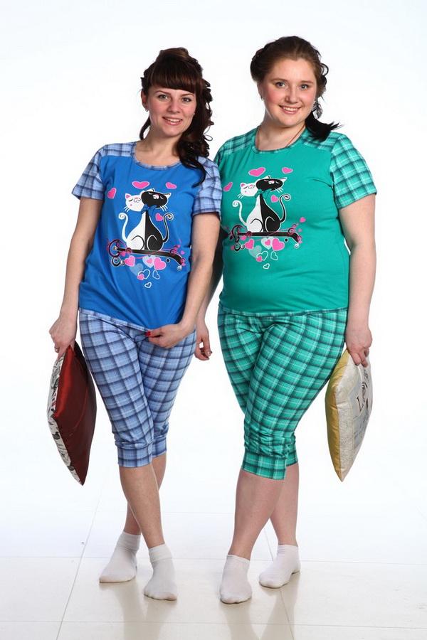 Пижама женская ЮльгизаПижамы<br>Практичная и универсальная одежда для сна - залог комфорта во время отдыха. К таким вещам относится женская пижама Юльгиза, представленная в разных расцветках и в большом ассортименте размеров.<br>В комплект входит футболка и бриджи. Простой прямой фасон спереди и сзади украшают кокетки. Окантовка по горловине и по низу придает модели аккуратности. Бриджи на манжете выглядят стильно и привлекательно. Основной материал - стопроцентно натуральная кулирка.<br>Женская пижама Юльгиза - хороший и удобный выбор, а ее скромная стоимость впишется даже в небольшой бюджет. Каждая модница сможет порадовать себя обновкой.  Размер: 44<br><br>Принадлежность: Женская одежда<br>Основной материал: Кулирка<br>Страна - производитель ткани: Россия, г. Иваново<br>Вид товара: Одежда<br>Материал: Кулирка<br>Тип застежки: Без застежки<br>Состав: 100% хлопок<br>Длина рукава: Короткий<br>Длина: 18<br>Ширина: 12<br>Высота: 7<br>Размер RU: 44