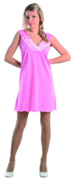 Ночная сорочка ВикторинаСорочки и ночные рубашки<br>Простота и женственность - понятия, стоящие очень близко друг к другу. Ведь, действительно, чтобы выглядеть женственно, нужно выбирать простую одежду, которая будет подчеркивать вашу фигуру, делать вас изящной, а не заставлять выглядеть нелепо.  Вот почему вам стоит обратить свое внимание на женскую ночную сорочку Викторина - эта модель просто создана для того, чтобы сделать женскую фигуру изящной и привлекательной! Сорочка сшита из легкой ткани и имеет свободный фасон с широкими бретелями, ее вырез украшен широкой кружевной отделкой.   А насыщенный розовый цвет изделия имеет высокую стойкость, на которую не влияет ни время, ни частота носки или стирки.  Размер: 44<br><br>Высота: 7<br>Размер RU: 44