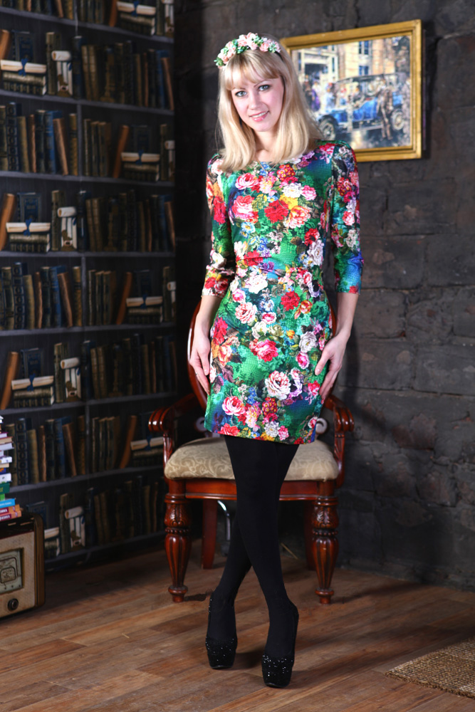Платье женское КонфеткаПлатья<br>Размер: 50<br><br>Высота: 7<br>Размер RU: 50