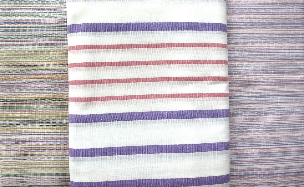 Простыня льняная Комфорт 150х215Простыни<br>Не знаете, как подобрать подходящий материал для постельного белья? Теряетесь в разнообразии моделей и комплектов? Больше это не проблема!<br>Льняная простыня Комфорт – это сдержанный и лаконичный дизайн, доступная стоимость и высокое качество. В составе ткани – смесь хлопка и льна, придающие полотну уникальные свойства. Простыня достаточно плотная и прочная. Она не нуждается в сложном уходе, долгое время не изнашивается и способствует здоровому сну.<br>Льняная простыня Комфорт – залог уюта в спальне. Натуральная основа приятна телу, не вызывает раздражения, аллергических реакций.<br> Размер: 150х215<br><br>Производство: Снят с производства/закупки<br>Принадлежность: Для дома<br>По назначению: Повседневные<br>Основной материал: Лен<br>Страна - производитель ткани: Россия, г. Иваново<br>Вид товара: КПБ<br>Материал: Лен<br>Сезон: Круглогодичный<br>Состав: 70% хлопок, 30% лен<br>Длина: 25<br>Ширина: 16<br>Высота: 3<br>Размер RU: 150х215