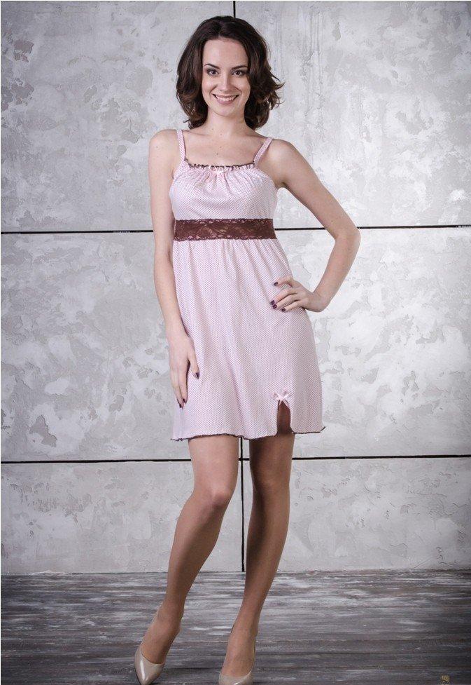 Ночная сорочка ШейлаСорочки и ночные рубашки<br>Женственная, игривая и романтичная ночная сорочка Шейла - находка для современных модниц, которые любят сочетать красоту и изящность.<br>Основной материал - стопроцентно натуральная кулирка. Для ее изготовления используется хлопковое волокно, отличающееся гипоаллергенностью, экологичностью и гладкой фактурой. Кулирка легко вентилируется, характеризуется оптимальной гигроскопичностью, быстро сохнет и не нуждается в сложном уходе.<br>Ночные сорочки Шейла представлены в разных расцветках. В наличии -широкий размерный ряд. Универсальный фасон выгодно подчеркнет любую фигуру.  Размер: 46<br><br>Принадлежность: Женская одежда<br>Основной материал: Кулирка<br>Страна - производитель ткани: Россия, г. Иваново<br>Вид товара: Одежда<br>Материал: Кулирка<br>Состав: 100% хлопок<br>Длина рукава: Без рукава<br>Длина: 18<br>Ширина: 12<br>Высота: 7<br>Размер RU: 46