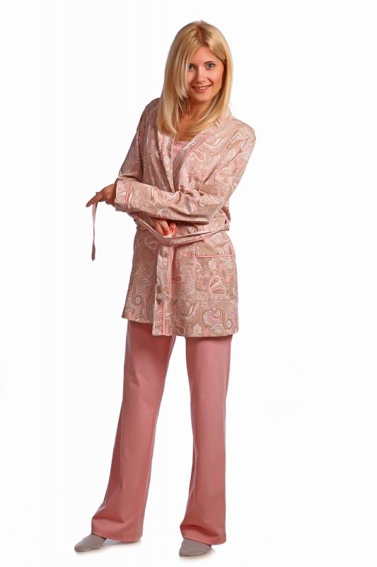 Комплект женский ЛадоннаНочные комплекты<br>Пижама - полотно кулирка, курточка кимоно, прямой силуэт, на запах, 2 кармана, длинный рукав, широкий пояс, туника и брюки свободного кроя на резинке. Размер: 50<br><br>Принадлежность: Женская одежда<br>Комплектация: Брюки, топ, пеньюар<br>Основной материал: Кулирка<br>Страна - производитель ткани: Россия, г. Иваново<br>Вид товара: Одежда<br>Материал: Кулирка<br>Длина: 25<br>Ширина: 17<br>Высота: 9<br>Размер RU: 50
