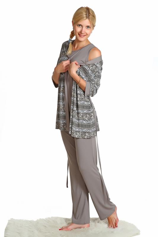 Комплект женский ПэтНочные комплекты<br>Комплект женский из вискозы: брюки свободного кроя на резинке, майка, халатик свободного кроя, спущенный рукав, запашной, широкий пояс. Размер: 56<br><br>Высота: 9<br>Размер RU: 56