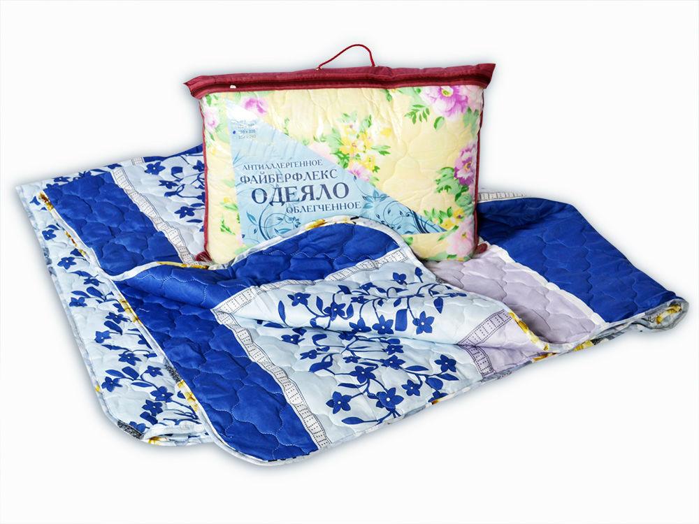Одеяло облегченное Шепот (файберсофт, полиэстер) 1,5 спальный (140*205)Холлофайбер<br>Одеяло Файбер - идеальный вариант облегченного одеяла для теплого сезона. Файбер - это современный наполнитель, изготавливаемый на основе волокон из полиэфира, с силиконовой обработкой. Одеяла холлофайбер обладают хорошими теплоизоляционными характеристиками, в них не скапливается пыль и не заводятся паразиты и насекомые. А уход за ними совсем не сложен. Купить облегченное одеяло можно любого размера.<br>Размер: 1,5 спальное (140*205) 2 спальное (172*205) Евро-1 (200*220) Размер: 1,5 спальный (140*205)<br><br>Тип одеяла: Эконом<br>Принадлежность: Для дома<br>По назначению: Повседневные<br>Наполнитель: Файберсофт<br>Основной материал: Полиэстер<br>Страна - производитель ткани: Россия, г. Иваново<br>Вид товара: Одеяла и подушки<br>Материал: Полиэстер<br>Сезон: Весна - осень<br>Плотность: 150 г/кв. м.<br>Толщина одеяла: Облегченное (от 100 до 200 гр/кв.м)<br>Длина: 48<br>Ширина: 38<br>Высота: 20<br>Размер RU: 1,5 спальный (140*205)