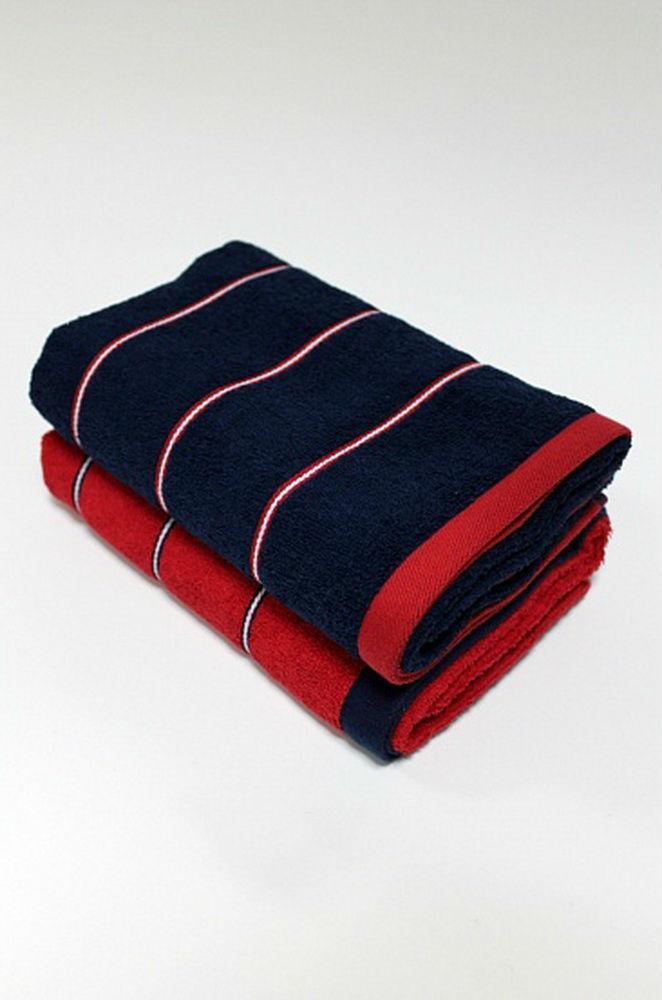 Полотенце Онтарио 34х68Банные полотенца<br>Любители ярких, стильных и необычных решений обязательно оценят полотенца Онтарио, привлекательный дизайн которых сочетается с оптимальными характеристиками.<br>Плотное махровое полотно хорошо поглощает влагу и быстро просыхает. Натуральная ткань не провоцирует аллергию, раздражения или другие проблемы. Она безопасна даже для детей, как и для обладателей чувствительной кожи. Первоначальные размеры, форма и общий внешний вид долгое время остаются неизменными, несмотря на постоянное использование и регулярные стирки.<br>Высококачественное полотенце Онтарио - это интересное и практичное приобретение для дома по доступной цене. Размер: 34х68<br><br>Высота: 8<br>Размер RU: 34х68