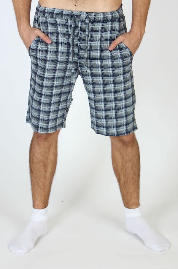 Шорты мужские ТорШорты<br>Несмотря на то, какую серьезность и лаконичность вы привыкли проявлять в выборе одежды, летом позвольте себе немного больше ярких красок, которые точно не заставят вас уйти далеко от собственного вкуса и стиля.   Мужские шорты Тор выполнены в насыщенной сине-голубой расцветке; но яркий дизайн не мешает изделию быть лаконичным, ведь оно лишено ненужных украшений и деталей, а потому такие шорты точно подойдут самым серьезным представителям сильного пола!   Кроме того, шорты Тор имеют удобный прямой крой и два боковых кармана; они сшиты из воздухопроницаемой хлопковой кулирки, чтобы летом вы могли не только стильно выглядеть, но и чувствовать себя комфортно.   Размер: 52<br><br>Принадлежность: Мужская одежда<br>Основной материал: Кулирка<br>Страна - производитель ткани: Россия, г. Иваново<br>Вид товара: Одежда<br>Материал: Кулирка<br>Сезон: Лето<br>Состав: 100% хлопок<br>Длина: 11<br>Ширина: 7<br>Высота: 7<br>Размер RU: 52
