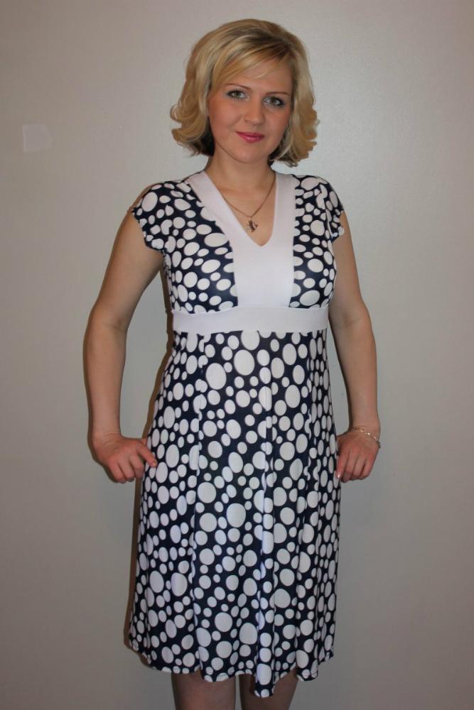 Платье женское ЛарисаПлатья<br>Размер: 46<br><br>Принадлежность: Женская одежда<br>Основной материал: Масло<br>Страна - производитель ткани: Россия, г. Иваново<br>Вид товара: Одежда<br>Материал: Масло<br>Состав: 100% полиэстер<br>Длина рукава: Короткий<br>Длина: 18<br>Ширина: 12<br>Высота: 7<br>Размер RU: 46