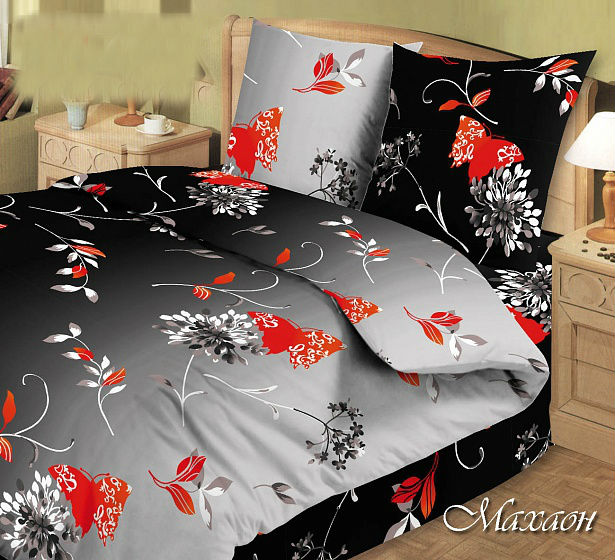 Постельное белье Махаон GS (бязь) 2 спальныйЭКОНОМ<br>Бязь - это плотная хлопковая ткань, обладающая мягкой текстурой, поэтому бязевое постельное белье не только гарантирует вам комфортный сон, но и вызывает хлопот в уходе за ним. <br>Комплект постельного белья Махаон GS выполнен из настоящей бязи и имеет прекрасную расцветку с яркими бабочками, порхающими на черно-белом фоне. Вы будете удивлены тем, какое приятное это постельное белье на ощупь, а также тем, что оно способно на протяжении долгого времени сохранять форму и цвет. <br>Будьте уверены, что у вас просто не будет повода разочароваться в комплекте постельного белья Махаон GS, тем более что вы можете приобрести его по очень привлекательной цене!  <br>Внимание! При пошиве данного КПБ используется ткань шириной 150 см, поэтому в двухспальном комплекте простыня и пододеяльник являются сшивными, где к одному отрезку ткани пришивается другой отрезок (т.е. по центру изделия будет проходить шов). Это необходимо, чтобы получить нужные размеры для двухспального варианта. Размер: 2 спальный<br><br>Высота: 8<br>Размер RU: 2 спальный