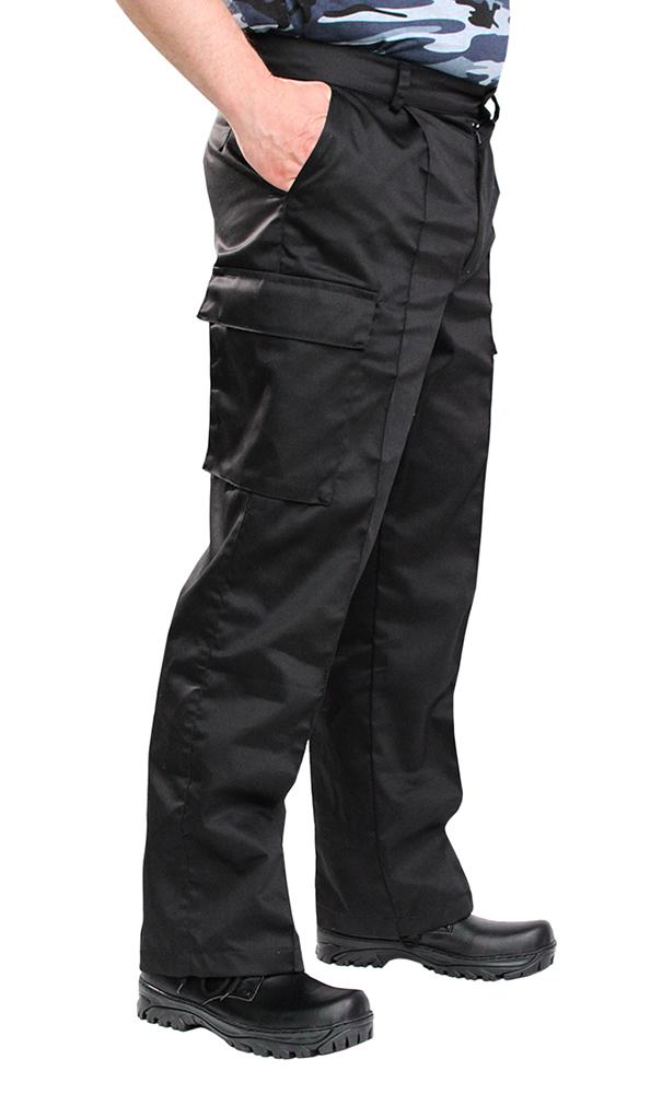 Брюки военно - полевые Макс (черные)Для прочих профессий<br>Брюки на притачном поясе со шлевками и застежкой на петли и пуговицы, карманами с отрезным бочком, в области боковых швов два накладных объемных кармана с клапанами. Размер: 52-54<br><br>Принадлежность: Мужская одежда<br>Основной материал: Грета<br>Страна - производитель ткани: Россия, г. Иваново<br>Вид товара: Одежда<br>Материал: Грета<br>Состав: 51% хлопок, 49% полиэстер<br>Длина: 19<br>Ширина: 17<br>Высота: 9<br>Размер RU: 52-54