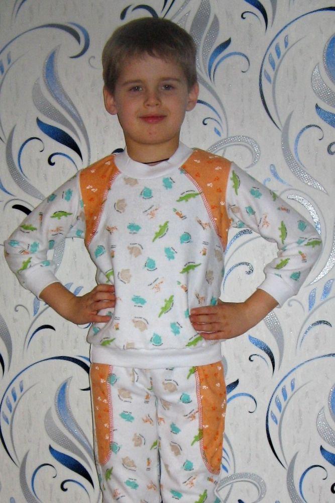 Пижама СемаПижамы<br>Мама не может не беспокоиться за своего ребенка, но если ее малыш спит в такой теплой пижаме, как пижама Сема, то все ее опасения - напрасны!<br>Данная пижама сшита из махры, а значит, ребенку в ней будет тепло; она имеет удобный фасон, значит, его не будет тревожить дискомфорт во время сна. На самом деле, данное изделие имеет еще довольно много достоинств. Например, пижама хорошо поддается стирке, не линяет и не изменяется в размере после нее.<br>А приобрести детскую пижаму Сема вы можете по вполне доступной цене! Размер: 28<br><br>Принадлежность: Детская одежда<br>Возраст: Младший школьный возраст (7-10 лет)<br>Пол: Мальчик<br>Основной материал: Махра<br>Вид товара: Детская одежда<br>Материал: Махра<br>Длина: 18<br>Ширина: 12<br>Высота: 7<br>Размер RU: 28