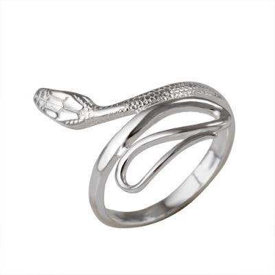 Кольцо серебряное 230897бСеребряные кольца<br>Артикул  230897б<br>Вес  2,87<br>Покрытие  без покрытия<br>Размерный ряд  16,5; 17,0; 17,5; 18,0; 18,5; 19,0; 19,5;  Размер: 18.5<br><br>Высота: 3<br>Размер RU: 18.5