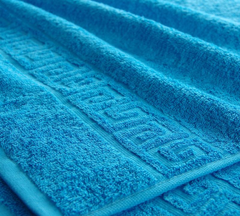 Полотенце Соло 40х70Банные полотенца<br>Каким должно быть полотенце, чтобы вы могли доверить ему заботу о вашей коже после каждой ванной процедуры? Безусловно, в этот список требований войдут мягкость и нежность.   Полотенце Соло выполнено из махры со стопроцентным хлопковым составом, и мягкая нежная текстура - это одно из ее главных качеств и вместе с тем достоинств. Более того, сохранить свою текстуру такой полотенце способно даже после многочисленных стирок и долгого времени пользования.  В дополнение к этому махровое полотенце Соло имеет яркую расцветку, поэтому данное изделие также может стать неплохим украшением интерьера вашей ванной комнаты.   Размер: 40х70<br><br>Принадлежность: Для дома<br>По назначению: Повседневные<br>Основной материал: Махра<br>Страна - производитель ткани: Туркмения<br>Вид товара: Полотенца<br>Материал: Махра<br>Плотность: 400 г/кв. м.<br>Состав: 100% хлопок<br>Длина: 19<br>Ширина: 16<br>Высота: 8<br>Размер RU: 40х70