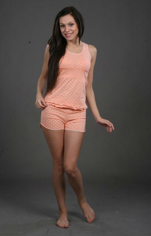 Пижама женская АнютаПижамы<br>Пижама женская (майка с шортами), отделка – декоративная резинка. Размер: 42<br><br>Высота: 7<br>Размер RU: 42
