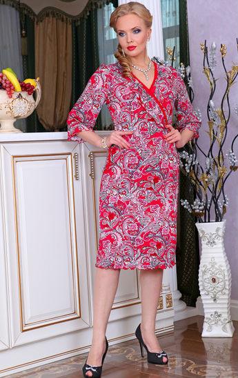 Халат женский РоксанаЛегкие халаты<br>Стремитесь во всем сочетать практичность и красоту? Не желаете жертвовать чем-то одним? Больше не придется! Ваш выбор - женский халат Роксана!<br>Для пошива используется масло - современный синтетический материал, совершенно не уступающий по своим свойствам натуральным тканям. Это отличный выбор для легкой одежды, которая не должна парить, липнуть к телу либо стеснять движения. Масло - практичный материал, который легко отстирывается, затем быстро сохнет, а заодно не блекнет и не требует специфического ухода.<br>Изящный и элегантный женский халат Роксана представлен в разных цветовых вариациях и размерах, так что подыскать модель себе по вкусу и фигуре не составит труда. Размер: 52<br><br>Принадлежность: Женская одежда<br>Основной материал: Масло<br>Страна - производитель ткани: Россия, г. Иваново<br>Вид товара: Одежда<br>Материал: Масло<br>Тип застежки: Без застежки<br>Состав: 80% полиэстер, 20% эластан<br>Длина рукава: Средний<br>Длина: 19<br>Ширина: 17<br>Высота: 9<br>Размер RU: 52