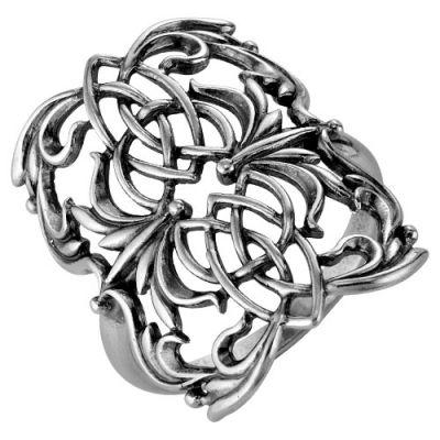 Кольцо серебряное 2306116Серебряные кольца<br>Артикул  2306116<br>Вес  6,14<br>Покрытие  оксидирование<br>Размерный ряд  16,5-19,5 Размер: 16.5<br><br>Принадлежность: Драгоценности<br>Основной материал: Серебро<br>Страна - производитель ткани: Россия, г. Приволжск<br>Вид товара: Серебро<br>Материал: Серебро<br>Вес: 6,14<br>Покрытие: Оксидирование<br>Проба: 925<br>Вставка: Без вставки<br>Габариты, мм (Длина*Ширина*Высота): 30*23*23<br>Длина: 5<br>Ширина: 5<br>Высота: 3<br>Размер RU: 16.5
