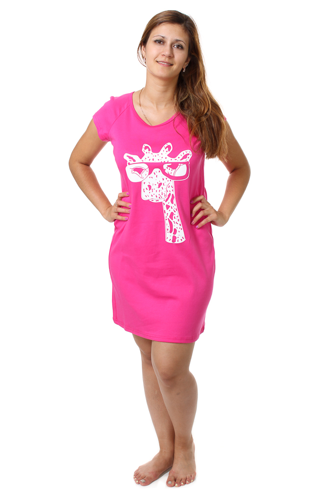 Туника женская МодникТуники<br>Размер: 54<br><br>Принадлежность: Женская одежда<br>Основной материал: Интерлок<br>Вид товара: Одежда<br>Материал: Интерлок<br>Длина: 18<br>Ширина: 12<br>Высота: 7<br>Размер RU: 54