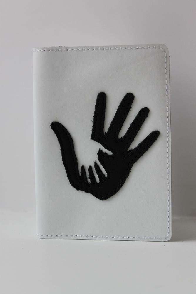 """Обложка для паспорта """"Руки"""""""