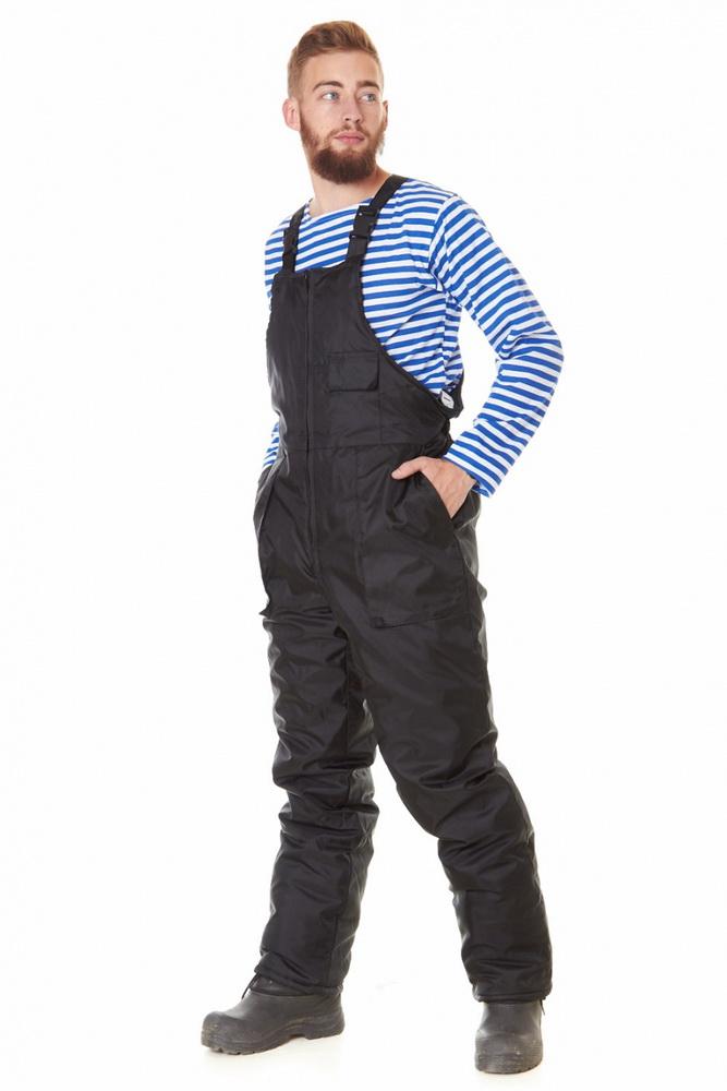 Полукомбинезон мужской БарроуДля прочих профессий<br>Вещи, относящиеся к категории спецодежды, во многом отличаются от привычных повседневных нарядов. Помимо лаконичного дизайна они характеризуются повышенной износостойкостью, надежностью, прочностью. Оценить все особенности подобного типа одежды вы сможете на примере мужского полукомбинезона Барроу.<br>Модель выполнена из ткани оксфорд &amp;amp;mdash; прочного материала, который изготавливается особым плетением, в результате чего в разы повышается его износостойкость. Оксфорд отлично защищает от влаги, ветра, температурных перепадов, оставаясь при этом совершенно неприхотливым в уходе. Подкладка из таффеты, гладкокрашеной подкладочной ткани, приятна на ощупь и не вызывает дискомфорта. Упругий и легкий синтепон используется в качестве утеплителя. Полукомбинезон имеет отрезную нагрудную часть, на которой расположен накладной карман с клапаном. Сзади собран на эластичную тесьму в области талии.<br>Мужской полукомбинезон Барроу - удобный и практичный предмет гардероба охотника, рыболова, туриста, а также сотрудника охранных структур или представителя рабочей профессии. Он сочетает в себе высокое качество, неприхотливость и должный комфорт при носке. Модель представлена в широком размерном ряде, что позволит выбрать наиболее подходящий вариант. Размер: 48-50<br><br>Подкладка: Таффета<br>Утепляющий материал: Синтепон (полукомбинезон - 200 г/кв.м)<br>Принадлежность: Мужская одежда<br>Основной материал: Оксфорд<br>Страна - производитель ткани: Россия, г. Иваново<br>Вид товара: Одежда<br>Материал: Оксфорд<br>Тип застежки: Молния<br>Состав: 100% полиэстер<br>Длина: 27<br>Ширина: 25<br>Высота: 8<br>Размер RU: 48-50