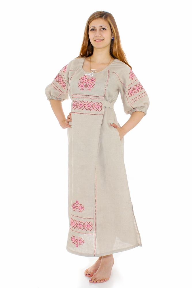 Платье льняное Славянка (большемерка)Платья<br>Лен - на удивление приятный телу материал, который делает многие вещи идеальными для носки летом. Он не раздражает кожу, так как выполнен из экологически чистого сырья, он также позволяет ей дышать, защищая от прения.<br>И платье Славянка, которое мы желаем представить вашему вниманию, выполнено из натурального льна. В дизайне данной модели действительно есть что-то славянское, она имеет удлиненный фасон и расклешенную юбку, а также украшена потрясающей вышивкой.<br>Женское платья Славянка представлено в трех расцветках, а также является большемеркой: учитывайте это при выборе размера и выбирайте на два размера меньше своего. Размер: 44<br><br>Принадлежность: Женская одежда<br>Основной материал: Лен<br>Вид товара: Одежда<br>Материал: Лен<br>Длина изделия: Длина платья - 116 см. Длина рукава - 46 см.<br>Длина: 18<br>Ширина: 12<br>Высота: 7<br>Размер RU: 44