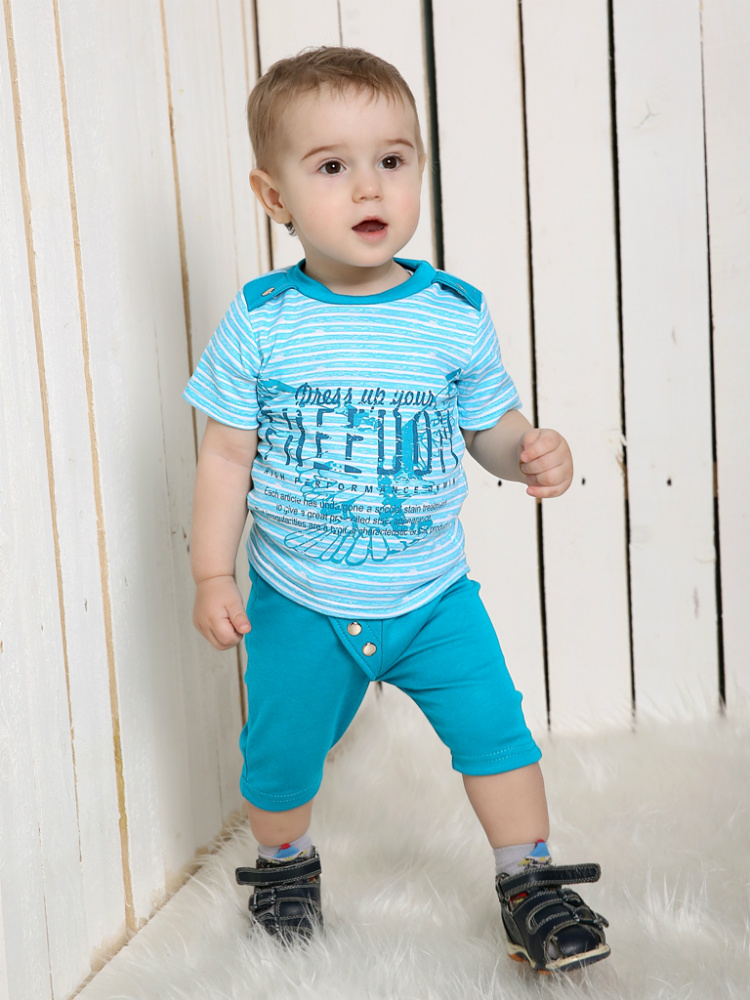 Костюм ТехасПрочие костюмы<br>Размер: 32<br><br>Принадлежность: Детская одежда<br>Возраст: Дошкольник (1-6 лет)<br>Пол: Мальчик<br>Основной материал: Интерлок<br>Вид товара: Детская одежда<br>Материал: Интерлок<br>Длина: 19<br>Ширина: 10<br>Высота: 6<br>Размер RU: 32