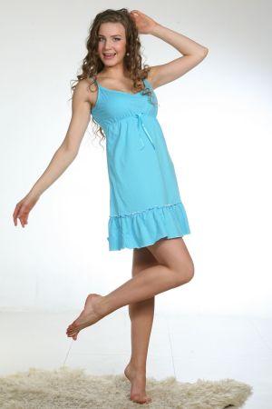 Сорочка женская ИринкаСорочки и ночные рубашки<br>Есть такая одежда, которая создает настроение: романтичное, спокойное или вовсе озорное. Ночная сорочка Иринка, которую мы хотим представить вашему вниманию, создаст для вас самое радостное настроение!<br>Все благодаря дизайну и яркой расцветке данной модели. Она выполнена из кулирки (которая в свою очередь состоит из экологически чистого хлопкового волокна) в насыщенном голубом цвете. Сорочка собрана под грудью и спускается расклешенной юбкой, а на подоле имеет оборку.<br>В сорочке Иринка вам будет довольно удобно спать, ведь ткань, из которой она выполнена, позволяет коже дышать, не допуская прения. Размер: 52<br><br>Высота: 7<br>Размер RU: 52