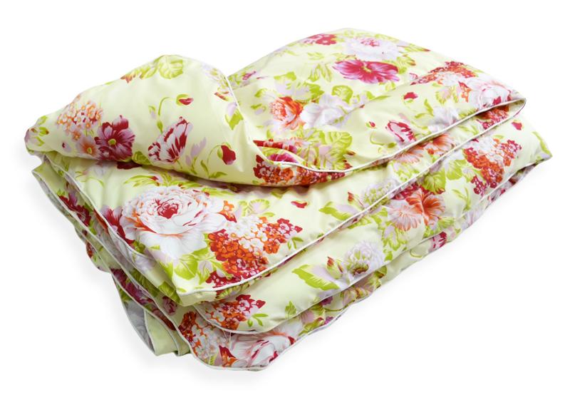 Одеяло облегченное Сияние (синтепон, полиэстер) 1,5 спальный (140*205)Синтепон<br>Комфортный и здоровый сон зависит от множества нюансов. Среди них и выбор одеяла, подобрать которое среди всего многообразия вариантов не так просто.<br>Одеяло облегченное Сияние из синтепона и полиэстера отличается привлекательностью, практичностью и удобством при использовании. Полиэстер устойчив к теплу, свету, загрязнениям и практически не сминается. Синтепон легок, упруг и безопасен при эксплуатации. Он хорошо удерживает тепло и подходит даже для детей.<br>Облегченное одеяло Сияние обладает небольшим весом. Оно подходит каждому. Невысокая цена легко впишется даже в скромный бюджет.<br>Синтетические одеяла в интернет-магазине представлены в разных размерах.<br>Размеры: 1,5 спальное (140*205) 2 спальное (172*205) Евро-1 (200*220) Евро-2 (220*240) Размер: 1,5 спальный (140*205)<br><br>Производство: Закупается про запас<br>Тип одеяла: Эконом<br>Принадлежность: Для дома<br>По назначению: Повседневные<br>Наполнитель: Синтепон<br>Основной материал: Полиэстер<br>Вид товара: Одеяла и подушки<br>Материал: Полиэстер<br>Плотность: 200 г/кв. м.<br>Толщина одеяла: Облегченное (от 100 до 200 гр/кв.м)<br>Длина: 48<br>Ширина: 38<br>Высота: 20<br>Размер RU: 1,5 спальный (140*205)