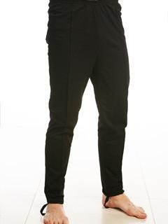 Трико мужское ПарусНательное белье<br>Трико моментально становятся самой популярной вещью в мужском гардеробе, как только наступают первые холода и обычные брюки уже не кажутся такими теплыми и комфортабельными.  Мужское трико Парус сшито из футера 2-х нитки и имеет начес, что не позволит вам сомневаться в теплоизоляционном свойстве данной модели. К тому же трико имеет удобный фасон с зауженными к низу штанинами, и носить их вы будете без постороннего чувства неудобства.  Мужское трико Парус во время носки заявит себя как качественное и износостойкое изделие, сохраняющее свой первоначальный вид и все свойства на долгое время после покупки.   Размер: 50<br><br>Принадлежность: Мужская одежда<br>Основной материал: Футер<br>Страна - производитель ткани: Россия, г. Иваново<br>Вид товара: Одежда<br>Материал: Футер с начесом<br>Длина: 19<br>Ширина: 17<br>Высота: 9<br>Размер RU: 50
