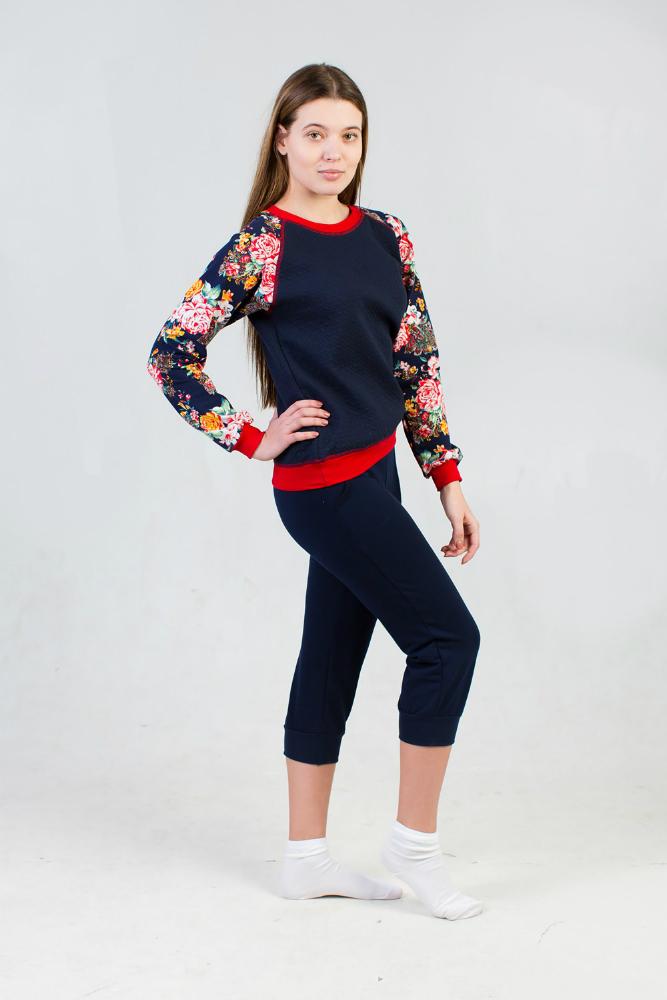 Свитшот женский ЛераТолстовки<br>Материал: капитоний с футером Размер: 48<br><br>Принадлежность: Женская одежда<br>Основной материал: Капитоний<br>Вид товара: Одежда<br>Материал: Капитоний<br>Длина: 19<br>Ширина: 17<br>Высота: 9<br>Размер RU: 48