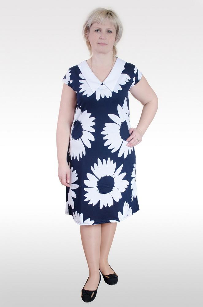 Платье женское АльфредаПлатья<br>На самом деле, только одежда, обладающая простым и незамысловатым дизайном, может сделать ваш образ женственным и элегантным. И проверить это вы можете с помощью женского платья Альфреда. <br>Представленная модель платья имеет среднюю длину и приталенный крой. Несмотря на то, что в расцветке этого женского платья вы не обнаружите ярких и насыщенных цветов, вы все равно не будете выглядеть в нем скучно, ведь главное преимущество платья заключается в его фасоне, идеально подчеркивающим вашу фигуру и все ее достоинства. Простой цветочный рисунок на темном фоне смотрится изящно и элегантно.<br>Кроме того, женское платье Альфреда имеет в своем составе 100% хлопок и отлично подходит для носки летом благодаря своей дышащей структуре.  Размер: 50<br><br>Высота: 7<br>Размер RU: 50