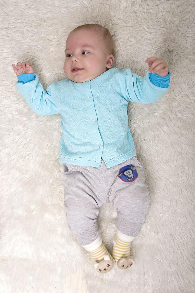 Кофта кнопки (интерлок)Распашонки и кофточки<br>Определиться с расцветкой Вы можете здесь<br>Кофта кнопки кулирка (длинный рукав) Размер: 24<br><br>Принадлежность: Детская одежда<br>Возраст: Младенец (0-12 месяцев)<br>Пол: Девочка<br>Основной материал: Интерлок<br>Вид товара: Детская одежда<br>Материал: Интерлок<br>Длина: 18<br>Ширина: 12<br>Высота: 2<br>Размер RU: 24