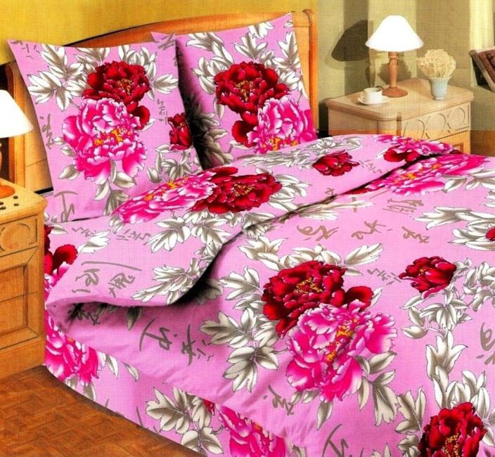 Постельное белье Токио розовый GS (бязь) 2 спальныйЭКОНОМ<br>Яркий и непревзойденный, полный насыщенных цветов и вызывающий абсолютный восторг - вы просто обязаны догадаться, о чем мы говорим! Конечно же, о комплекте постельного белья из бязи Токио розовый.<br>Несомненно, что данное постельное белье украсит не только любую кровать, но и целую спальню. Вы сами заметите, как положительно на вас повлияет это яркое, мягкое и невероятно нежное постельное белье - после каждой ночи, проведенной на нем, вы будете просыпаться с хорошим настроением.<br>Благодаря высокому качеству и натуральному составу ткани постельное белье Токио розовый прослужит вам не один год.<br>Внимание! При пошиве данного КПБ используется ткань шириной 150 см, поэтому в двуспальном комплекте простыня и пододеяльник являются сшивными, где к одному отрезку ткани пришивается другой отрезок (т.е. по центру изделия будет проходить шов). Это необходимо, чтобы получить нужные размеры для двуспального варианта. Размер: 2 спальный<br><br>Высота: 8<br>Размер RU: 2 спальный