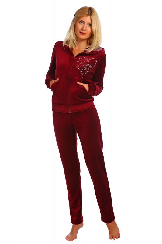 Костюм женский МираноЗимние костюмы<br>Велюровый костюм с украшением из страз Размер: 48<br><br>Высота: 11<br>Размер RU: 48