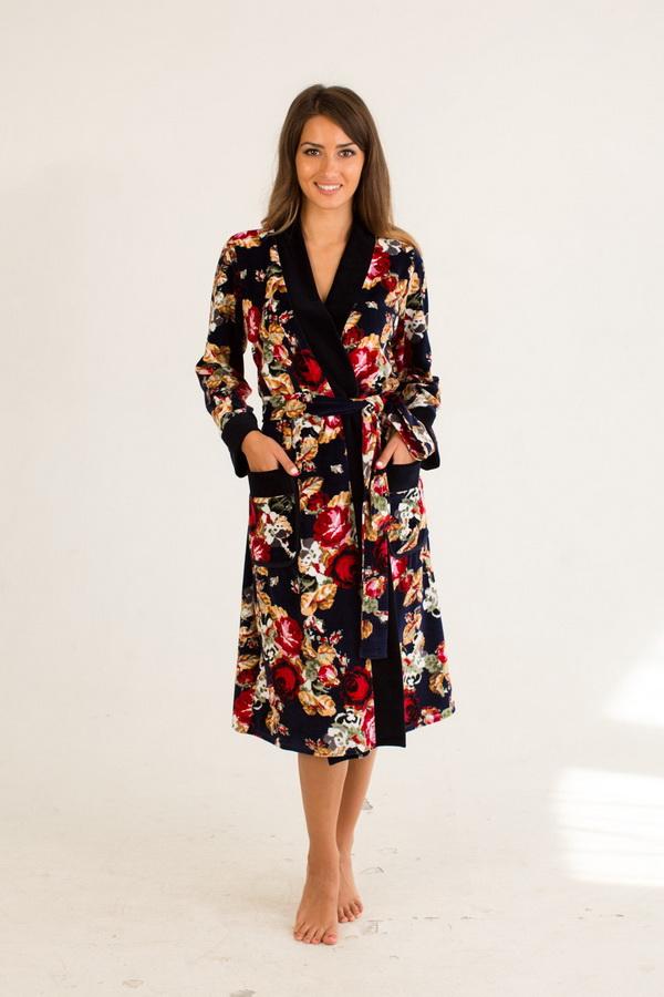 Халат женский МайамиТеплые халаты<br>Обратите внимание - на бирке изделия может быть указан неверный материал (100% хлопок) - в данный момент эта проблема решается производителем. Размер: 48<br><br>Принадлежность: Женская одежда<br>Основной материал: Велюр<br>Вид товара: Одежда<br>Материал: Велюр<br>Длина рукава: Длинный<br>Длина: 30<br>Ширина: 20<br>Высота: 11<br>Размер RU: 48
