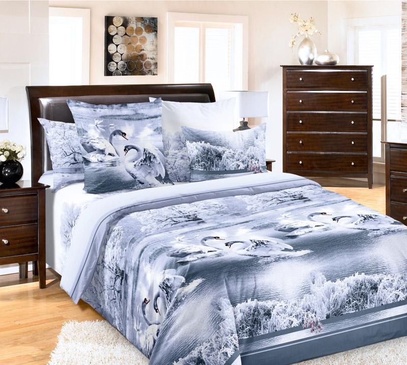 Постельное белье Лебединое озеро серый (перкаль) Евро-1Перкаль<br>Сегодня постельное белье - это не безликое дополнение к вашей кровати, а часть интерьера вашей спальни, поэтому очень важно обращать внимание как на состав, так и на расцветку постельного белья.   Например, комплект постельного белья Лебединое озеро отлично впишется в интерьер спальни, выполненный в светлых тонах. Но при этом, постельное белье также подарит вам замечательный сон, наполненный заботой, ведь оно выполнено из перкаля, очень нежного хлопкового материала.   И радовать вас комплект Лебединое озеро будет довольно долго, ведь материал, из которого он выполнен, к тому же, обладает высокой износостойкостью и способен надолго сохранять и цвет, и форму изделия! Размер: Евро-1<br><br>Принадлежность: Для дома<br>Плотность КПБ: 115 гр/кв.м<br>Категория КПБ: Животные<br>По назначению: Повседневные<br>Рисунок наволочек: Расположение элементов расцветки может не совпадать с рисунком на картинке<br>Основной материал: Перкаль<br>Вид товара: КПБ<br>Материал: Перкаль<br>Плотность: 115 г/кв. м.<br>Состав: 100% хлопок<br>Комплектация КПБ: Пододеяльник, простыня, наволочка<br>Длина: 37<br>Ширина: 28<br>Высота: 9<br>Размер RU: Евро-1