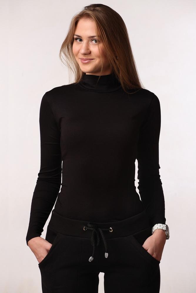 Водолазка женская ГретаВодолазки<br>В гардеробе каждой модницы найдется ряд базовых вещей, без которых не обойтись в повседневности. К такой одежде относится классическая женская водолазка Грета традиционного кроя.<br>Основной материал - сравнительно новая, но уже чрезвычайно популярная вискоза. Ее характерный блеск и фактура узнаваемы с первого взгляда. Приятная ткань красиво струится по телу, пропускает воздух, не препятствует здоровому теплообмену. Окрашенная вискоза долго сохраняет цвет, за счет чего ткань идеально подходит для ярких, насыщенных и глубоких темных тонов.<br>Универсальная женская водолазка Грета с длинным рукавом представлена в разных размерах.  Размер: 46<br><br>Принадлежность: Женская одежда<br>Основной материал: Вискоза<br>Страна - производитель ткани: Россия, г. Иваново<br>Вид товара: Одежда<br>Материал: Вискоза<br>Тип застежки: Без застежки<br>Длина рукава: Длинный<br>Длина: 18<br>Ширина: 12<br>Высота: 7<br>Размер RU: 46