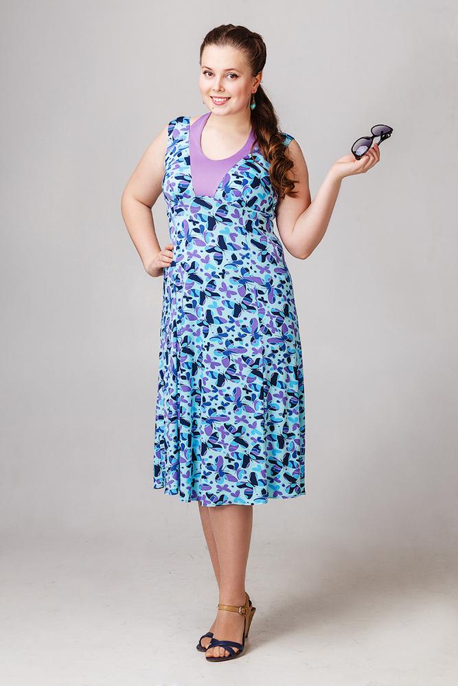 Платье женское БабочкиПлатья<br>Размер: 56<br><br>Принадлежность: Женская одежда<br>Основной материал: Вискоза<br>Страна - производитель ткани: Россия, г. Иваново<br>Вид товара: Одежда<br>Материал: Вискоза<br>Состав: 50% вискоза, 50% полиэстер<br>Длина: 18<br>Ширина: 12<br>Высота: 7<br>Размер RU: 56