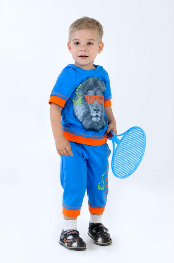 Костюм ЛидерПрочие костюмы<br>Все родители знают, как сложно заниматься детским гардеробом, ведь важно подобрать для него не только красивые и практичные, но и полностью безопасные, недорогие вещи, к которым  относится костюм Лидер.<br>Материал - интерлок, сочетающий в себе все преимущества, свойственные хлопчатобумажным тканям. Он не аллергенен, не садится, практически не мнется, быстро восстанавливая форму. Поверхность не берется катышками, не растягивается, не протирается и долго не изнашивается.<br>Мягкий и дышащий костюм Лидер с оригинальным принтом сделает вашего малыша настоящим модником, позволяя ему почувствовать себя взрослым и самостоятельным. Такой костюм - выбор для активных малышей.<br> Размер: 28<br><br>Принадлежность: Детская одежда<br>Возраст: Дошкольник (1-6 лет)<br>Пол: Мальчик<br>Основной материал: Интерлок<br>Страна - производитель ткани: Россия, г. Иваново<br>Вид товара: Детская одежда<br>Материал: Интерлок<br>Состав: 100% хлопок<br>Длина: 19<br>Ширина: 10<br>Высота: 6<br>Размер RU: 28