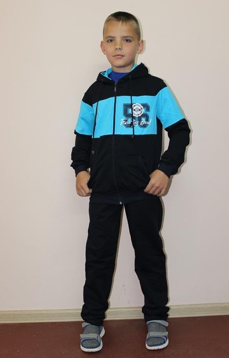 Костюм детский ПятнашкиСпортивные костюмы<br>Костюм состоит из куртки и брюк прямого покроя с боковыми карманами.  Размер: 40<br><br>Комплектация: Брюки, толстовка<br>Возраст: Подростковый возраст (11-17 лет)<br>Пол: Мальчик<br>Основной материал: Футер<br>Страна - производитель ткани: Россия, г. Иваново<br>Вид товара: Детская одежда<br>Материал: Футер с лайкрой<br>Сезон: Весна - осень<br>Длина: 24<br>Ширина: 18<br>Высота: 12<br>Размер RU: 40