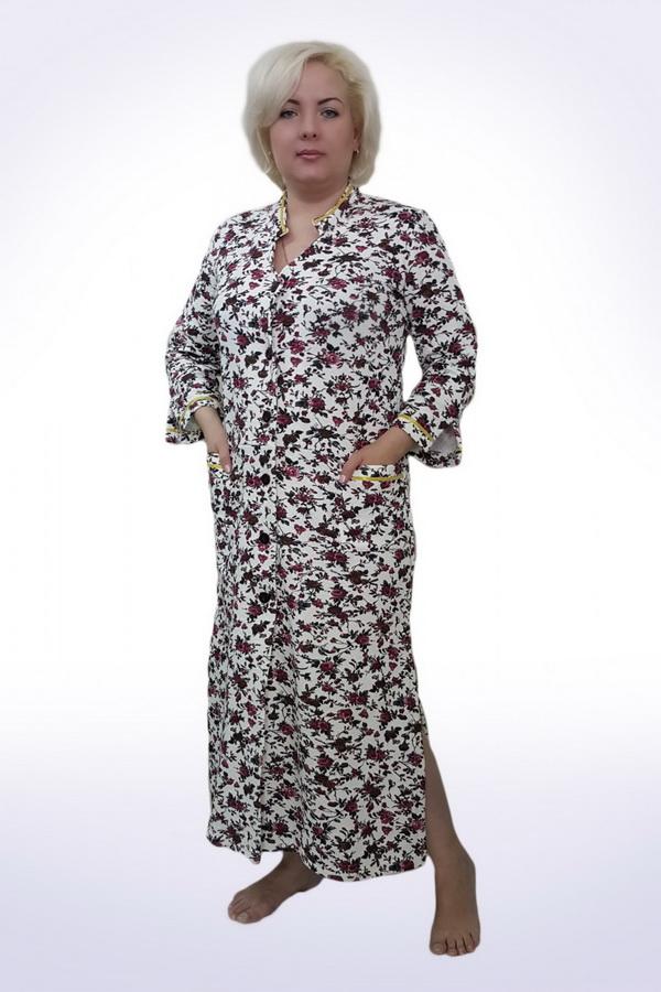 Халат женский МилуокиТеплые халаты<br>Удлиненная модель, отрезная по поясу, по бокам разреры, рукава с разрезиками. Длина изделия около 130 см. Материал - капитон. Состав 95% хлопок, 5% ПЭ. Размер: 52<br><br>Принадлежность: Женская одежда<br>Основной материал: Капитон<br>Страна - производитель ткани: Россия, г. Иваново<br>Вид товара: Одежда<br>Материал: Капитон<br>Тип застежки: Пуговицы<br>Состав: 95% хлопок, 5% полиэстер<br>Длина рукава: Длинный<br>Длина: 30<br>Ширина: 20<br>Высота: 11<br>Размер RU: 52