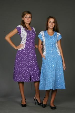 Халат женский КалифорнияЛегкие халаты<br>Нежный дизайн, насыщенная расцветка, невероятно удобный фасон - все это вы можете с легкостью найти в женском домашнем халате Калифорния, представленном в каталоге нашего интернет-магазина!<br>Данный халат выполнен из мягкой трикотажной ткани и имеет приталенный фасон с длинной расклешенной юбкой - именно благодаря этому вы будете носить халат с исключительным чувством комфорта и не чувствовать раздражения или натирания.<br>Кроме того, вы оцените и расцветку данного халата с цветочным мотивом. Модель представлена в каталоге в двух цветовых вариантах имеет широкий размерный ряд.  Размер: 48<br><br>Принадлежность: Женская одежда<br>Основной материал: Трикотаж<br>Страна - производитель ткани: Россия, г. Иваново<br>Вид товара: Одежда<br>Материал: Трикотаж<br>Тип застежки: Пуговицы<br>Длина рукава: Короткий<br>Длина: 19<br>Ширина: 17<br>Высота: 9<br>Размер RU: 48