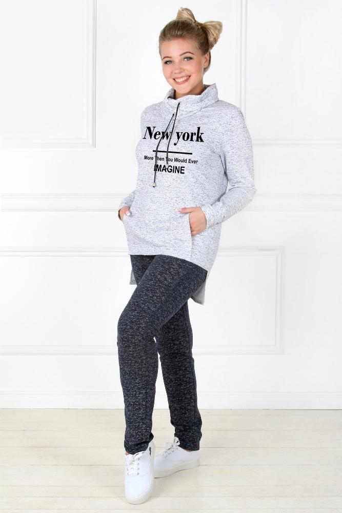 Костюм женский БуквыЗимние костюмы<br>Размер: 44<br><br>Высота: 11<br>Размер RU: 44