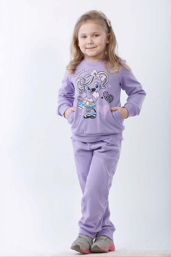 Костюм Виолетта с шелкографией (интерлок)Прочие костюмы<br>Если приучать свою дочь к хорошему вкусу и стильным вещам с самого детства, то вскоре она вырастет девушкой, которая может претендовать на звание Иконы стиля. А мы пока представим вашему вниманию детский костюм Виолетта.<br>Данный костюмчик сшит из интерлока и состоит из кофты с длинным рукавом и штанишек. Кофта украшена шелкографией с изображением милой собачки, а у штанишек имеются удобные боковые карманы. Также штанишки и кофта имеют манжеты. <br>Костюм Виолетта предназначен для девочек дошкольного возраста - от года до шести лет - и имеет широкую размерную сетку и три цветовых варианта на выбор.  Размер: 30<br><br>Принадлежность: Детская одежда<br>Возраст: Дошкольник (1-6 лет)<br>Пол: Девочка<br>Основной материал: Интерлок<br>Страна - производитель ткани: Россия, г. Иваново<br>Вид товара: Детская одежда<br>Материал: Интерлок<br>Длина: 19<br>Ширина: 10<br>Высота: 6<br>Размер RU: 30