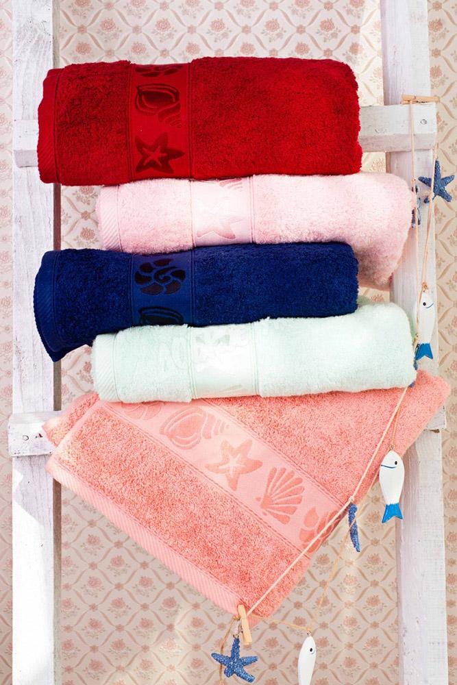 Полотенце махровое Морское 50х90Банные полотенца<br>Полотенце Морское сшито из махрового полотна. Махра- ткань практичная, хорошо впитывает влагу.<br>Полотенце станет хорошим подарком для Вас или ваших близких. Махровое полотенце Морское идеально подойдет для повседневного использования.<br>Яркие расцветки не тускнеют после стирки, ткань не теряет привлекательного внешнего вида даже после многократного использования.<br>Размеры: 50х90 см Размер: 50х90<br><br>Принадлежность: Для дома<br>По назначению: Повседневные<br>Основной материал: Махра<br>Страна - производитель ткани: Sunvim Co. Ltd., Китай.<br>Вид товара: Полотенца<br>Материал: Махра<br>Сезон: Круглогодичный<br>Плотность: 600 г/кв.м<br>Состав: 100% хлопок<br>Длина: 19<br>Ширина: 16<br>Высота: 8<br>Размер RU: 50х90