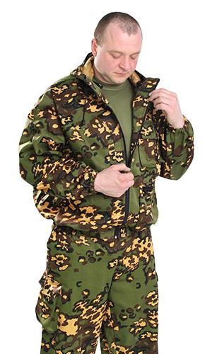 Костюм противомоскитный БундесферДля охотников<br>Костюм противомоскитный идеально подходит для туризма и активного отдыха.   <br><br>Костюм состоит из куртки и брюк. Куртка с капюшоном, с центральной застежкой на тесьму-молнию, с верхним прорезным карманом и двумя объемными с клапаном  и нижними объемными накладными карманами на молнии. Рукав втачной, длинный, по низу стянут эластичной тесьмой. Брюки прямые, на поясе стянуты эластичной тесьмой, с карманами с отрезным бочком и объемными боковыми карманами с клапаном, по низу ширина брюк регулируется эластичным шнуром. Оснащен противомоскитной сеткой на молнии, которая при желании полностью отстёгивается.  Размер: 44-46<br><br>Принадлежность: Мужская одежда<br>Основной материал: Смесовые ткани<br>Страна - производитель ткани: Россия, г. Иваново<br>Вид товара: Одежда<br>Материал: Смесовые ткани<br>Тип застежки: Молния<br>Состав: 65% полиэстер, 35% хлопок<br>Длина рукава: Длинный<br>Длина: 27<br>Ширина: 25<br>Высота: 8<br>Размер RU: 44-46