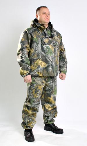 Костюм противоэнцефалитный Зверобой (лес)Для туристов<br>Костюм противоэнцефалитный состоит из куртки и брюк. Куртка с капюшоном, оснащена противомоскитной сеткой на молнии, убирающейся в специальный потайной карман, с прорезным карманом на груди застёгивающимся на тесьму-молнию, прикрытым клапаном, рукав втачной, длинный, с трикотажным манжетом и с сеточкой для вентиляции. Брюки прямые, на поясе со шлёвками, стянуты эластичной тесьмой, по бокам карманы с отрезным бочком и накладными карманами на передней части бедра, по низу ширина брюк регулируется эластичным тесьмой.  Размер: 44-46<br><br>Принадлежность: Мужская одежда<br>Основной материал: Смесовые ткани<br>Страна - производитель ткани: Россия, г. Иваново<br>Вид товара: Одежда<br>Материал: Смесовые ткани<br>Тип застежки: Молния<br>Состав: 65% полиэстер, 35% хлопок<br>Длина рукава: Длинный<br>Длина: 27<br>Ширина: 25<br>Высота: 8<br>Размер RU: 44-46