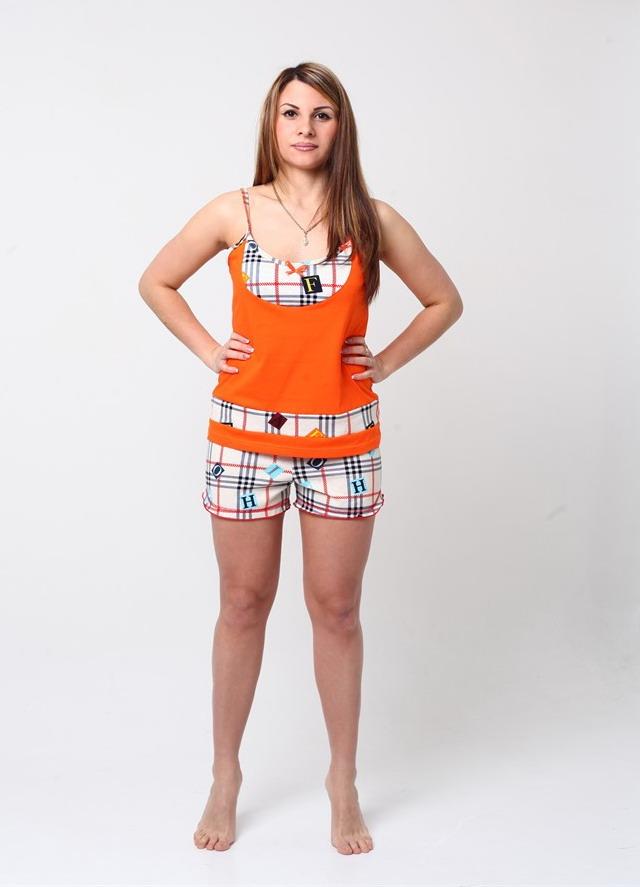 Пижама женская ЛисенокПижамы<br>Совсем несложно выглядеть стильно и модно всегда, ведь в вашем распоряжении наш интернет-магазин, который представляет вашему вниманию большой выбор одежды на каждый случай!<br>Например, женская пижама Лисенок. Она сшита из нежной кулирки и состоит из майки на тонких бретелях и коротких шортиков. Пижама имеет свободный фасон, поэтому во время сна вы не будете чувствовать стеснения, а розовый цвет пижамы с принтованными вставками сделает вас самой милой и красивой!<br>Женская пижама Лисенок хорошо подходит для носки летом, потому что даже самые душные ночи в ней вам будут нипочем, ведь натуральная ткань пижамы позволяет телу дышать. Размер: 48<br><br>Принадлежность: Женская одежда<br>Комплектация: Шорты, майка<br>Основной материал: Кулирка<br>Страна - производитель ткани: Россия, г. Иваново<br>Вид товара: Одежда<br>Материал: Кулирка<br>Тип застежки: Без застежки<br>Состав: 100% хлопок<br>Длина рукава: Без рукава<br>Длина: 18<br>Ширина: 12<br>Высота: 7<br>Размер RU: 48