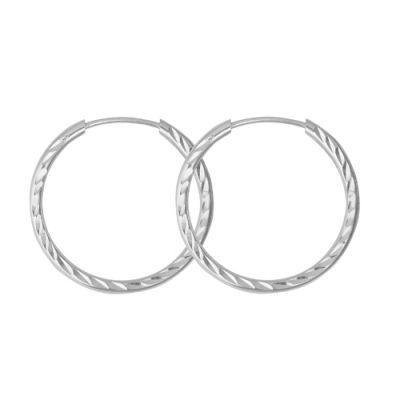 Серьги серебряные 3301608б5Без камней<br>Вес  2,06<br>Покрытие  без покрытия<br>Описание  Диаметр 25 мм, толщина 1,8 мм.<br><br>Вид застёжки: Застёжка - кольцо<br>Принадлежность: Драгоценности<br>Основной материал: Серебро<br>Страна - производитель ткани: Россия, г. Приволжск<br>Вид товара: Серебро<br>Материал: Серебро<br>Вес: 2,06<br>Покрытие: Без покрытия<br>Проба: 925<br>Вставка: Без вставки<br>Упаковка: 1 пара<br>Габариты, мм (Длина*Ширина*Высота): 24*1,8<br>Длина: 5<br>Ширина: 5<br>Высота: 2