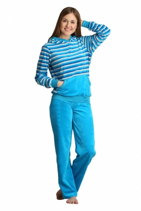 Костюм домашний АлисьяЗимние костюмы<br>Когда зима приближается, очень важно подумать о том, что будет согревать вас и дарить вам уют дома. И если у вас нет совершенно никаких идей, то позвольте познакомить вас с теплым домашним костюмом Алисья!   Костюм состоит из двух изделий: кофты с карманом-кенгуру и капюшоном и брюк прямого кроя. Оба изделия сшиты из велюра, теплого и мягкого материала, в составе которого находится 80% хлопкового волокна и 20% полиэстера. Изделия также отличает яркая и насыщенная расцветка, представленная в нескольких вариантах: голубом, красном и малиновом.   Женский домашний костюм Алисья будет согревать вас и дарить постоянный уют, а его яркая расцветка прогонит от вас хандру!    Размер: 46<br><br>Принадлежность: Женская одежда<br>Комплектация: Брюки, толстовка<br>Основной материал: Велюр<br>Страна - производитель ткани: Россия, г. Иваново<br>Вид товара: Одежда<br>Материал: Велюр<br>Сезон: Зима<br>Тип застежки: Без застежки<br>Состав: 80% хлопок, 20% полиэстер<br>Длина рукава: Длинный<br>Длина: 19<br>Ширина: 17<br>Высота: 9<br>Размер RU: 46